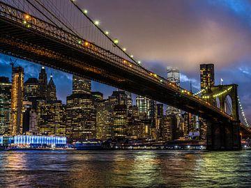 Brooklyn bridge, avond opname van Ruurd Dankloff