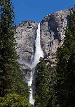 Waterval in Yosemite national park van Yannick uit den Boogaard