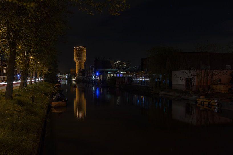 Watertoren in de Nacht - Utrecht, Nederland van Thijs van den Broek