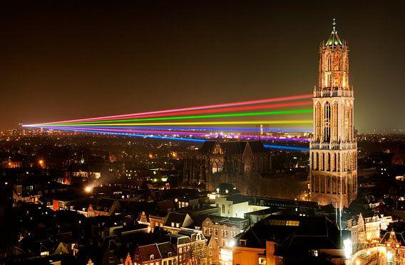 Sol Lumen - Laserkunstwerk van Uithof naar Domtoren in Utrecht van Chris Heijmans
