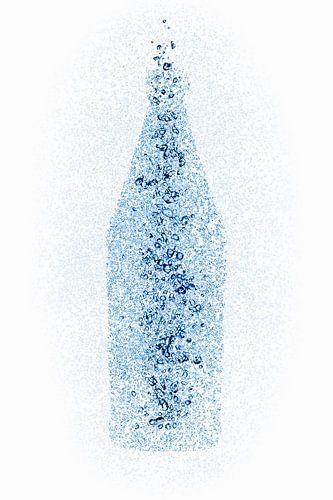 Een fles van waterdruppels van Beeldig Beeld