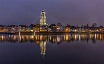 Deventer Skyline met Lebuïnuskerk in de avond - 3 van