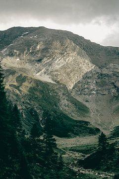 Lichtspel in de Oostenrijkse Bergen van Sophia Eerden