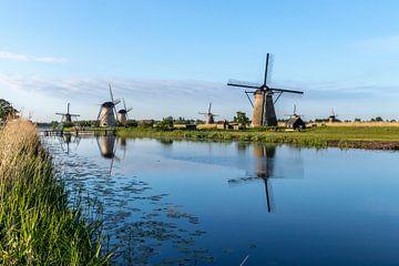De windmolens in Kinderdijk van Henk Van Nunen