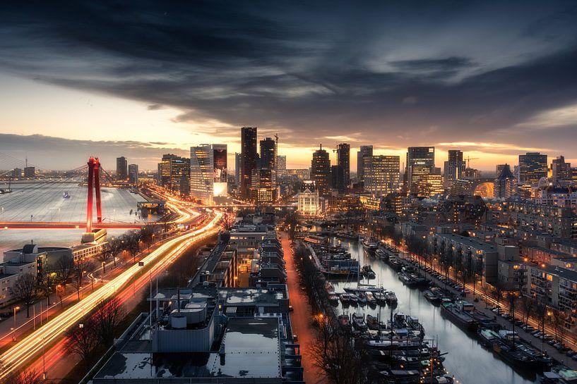 Skyline Rotterdam van Niels Dam