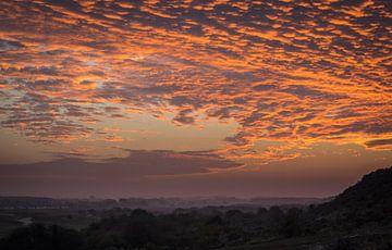 Zonsondergang in Zeeland van Minie Drost