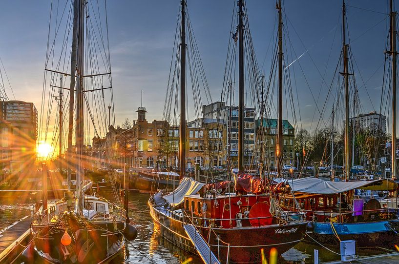 Zonsondergang Veerhaven, Rotterdam van Frans Blok