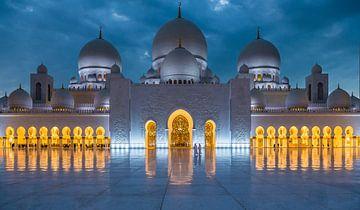 Sheikh Zayed Moschee, Abu Dhabi von Inge van den Brande