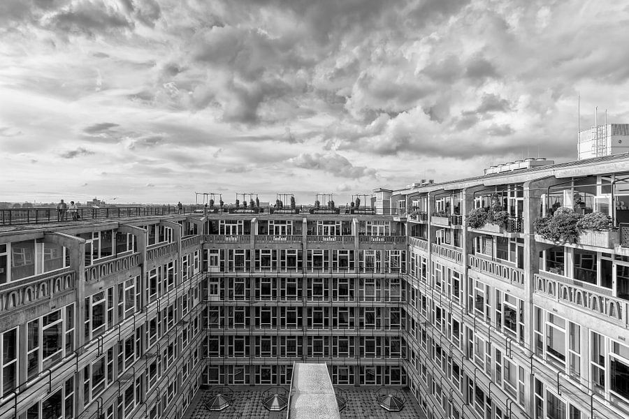 Groot Handelsgebouw Rotterdam (zwartwit) van Rob van der Teen