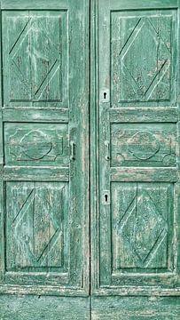 Oude deur in de kleur groen van Gonnie van Hove