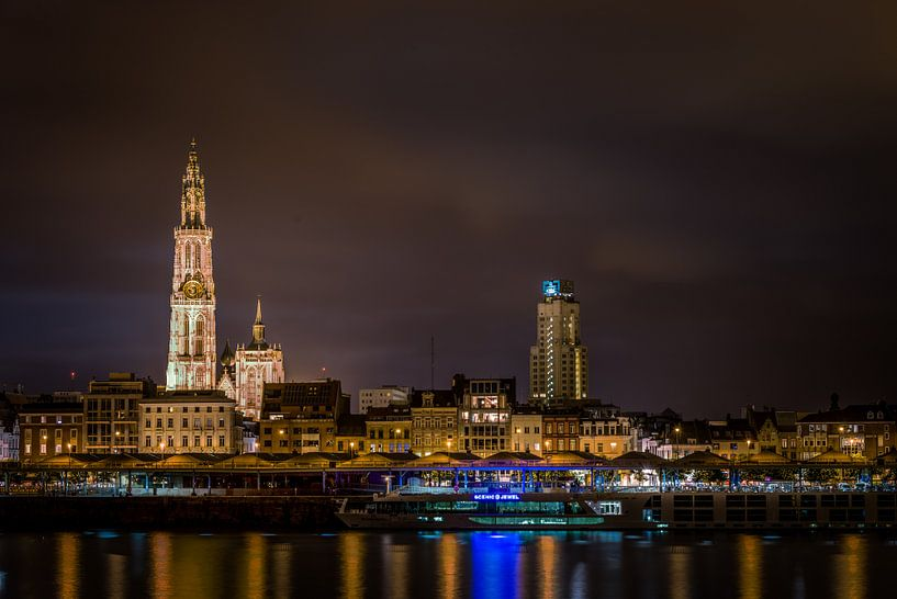 Nachtzicht op Antwerpen van Johan Vos