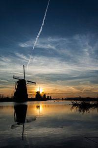 Kinderdijk, zonsopgang met spiegeling