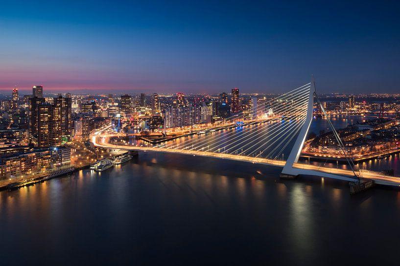 Rotterdam Skyline - Erasmusbrug sur Vincent Fennis