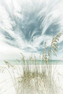 Hemelse stilte op het strand | Vintage van Melanie Viola