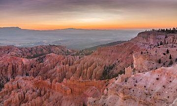 Zonsopkomst, Bryce Canyon, USA van M. Cornu