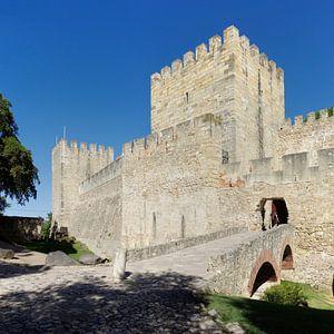 Castelo Sao Jorge in Lissabon van Berthold Werner