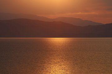 Gouden uur over het meer van Ohrid in Macedonië