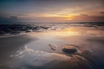 zonsondergang Opaalkust van Peter Poppe