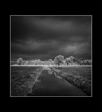 landschap zwart-wit van Bertrik Hakvoort