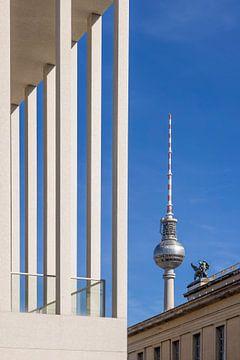 BERLIN Tour de télévision et île aux musées sur Melanie Viola