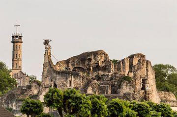 Kasteel Ruine in Valkenburg aan de Geul. Limburg Nederland. von Evelien Heuts-Flachs