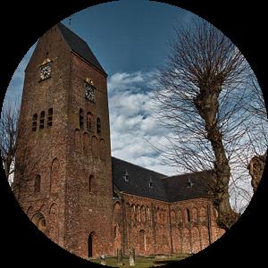 Bartholomeuskerk in Stedum (provincie Groningen) van Annie Postma