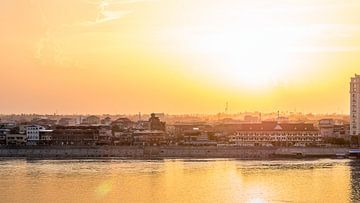 Sonnenuntergang über Kampong Chang von Mathias Möller