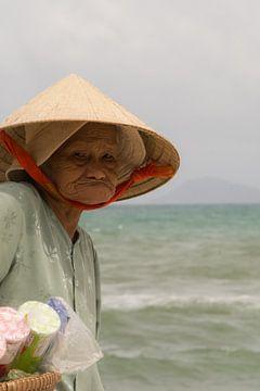 Miss Saigon, vietnamese strandventer. von Erika Schouten