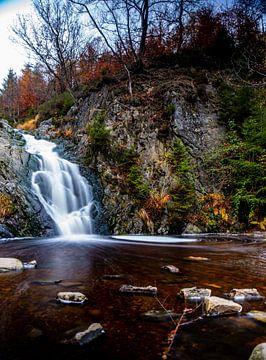 Die Wasserfälle im Herbst von Wytze Kiers