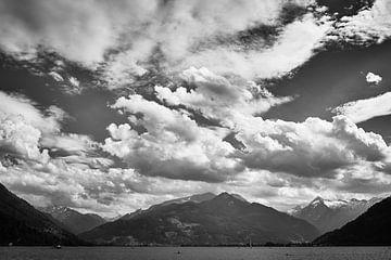 Berge rund um den Zeller See von Bart Rondeel