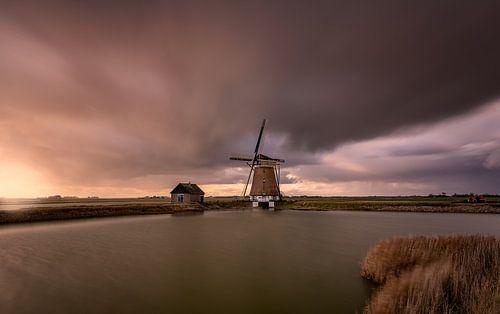 A stormy autumn day in the Netherlands van Costas Ganasos