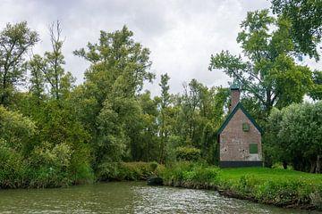 Huisje in de Biesbosch van Merijn Loch