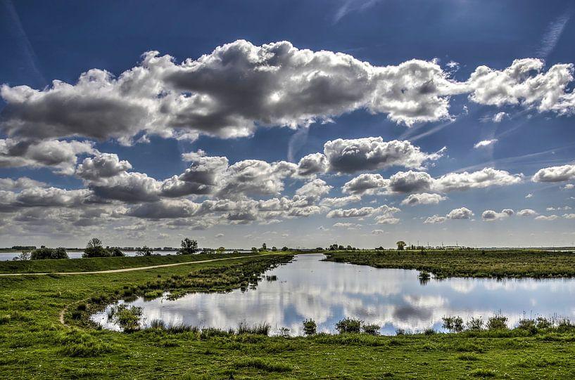 Zuid-Hollandse wolkenlucht van Frans Blok