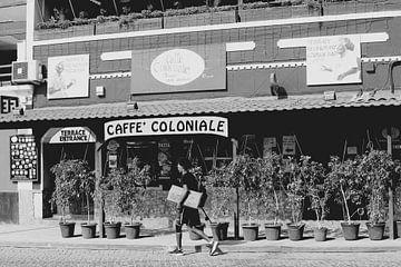 Koloniaal café & lounge bar van Inge Hogenbijl