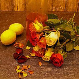 Zelfgemaakte rozenblaadjes siroop in fles met klikdop van Babetts Bildergalerie