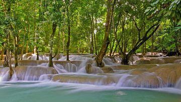 Tad Se Waterval in Laos van Denis Feiner