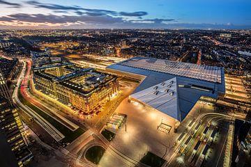 Centraal station avond van Prachtig Rotterdam