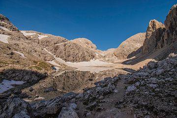 Bergmeer in Italië van Bianca Kramer