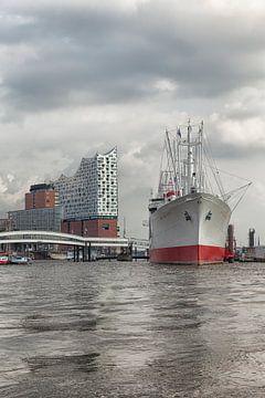 Speicherstadt, Hamburg, Germany, Elbphilharmonie, music theater, city, urban, harbour, water, river, van Ans van Heck