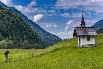 Chapel, Allgäu Alps van Walter G. Allgöwer