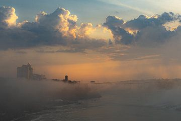 Niagara bij zonsopgang van Floris van Woudenberg
