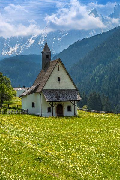 NOVA LEVANTE Chapel van Melanie Viola