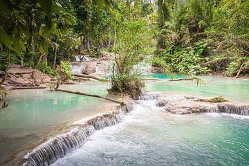 Rapids Kuang Si, Laos sur Rietje Bulthuis