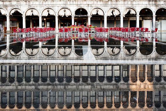 Spiegelung am Markusplatz