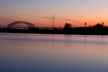 Spoorbrug in Arnhem Zuid van Robert Wiggers