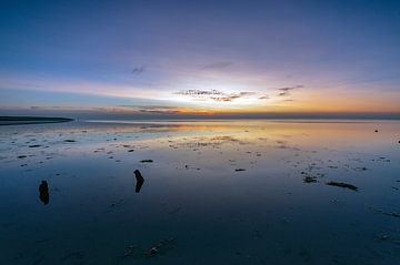 Coucher de soleil sur la mer des Wadden sur Willem Hoogsteen