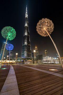 Paardenbloemen en de Burj Khalifa sur Peter Korevaar