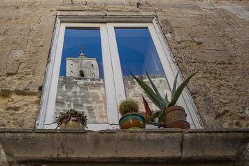 Kamer met uitzicht op de kerk von Yvonne van der Meij