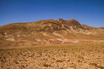 Kleurenpallet in zandsteen, Midden-Atlas Marokko van Easycopters