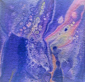 Acrylic Pouring paars van Angelique van 't Riet